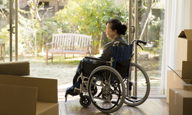 車椅子の親