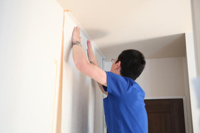 壁紙張り替え